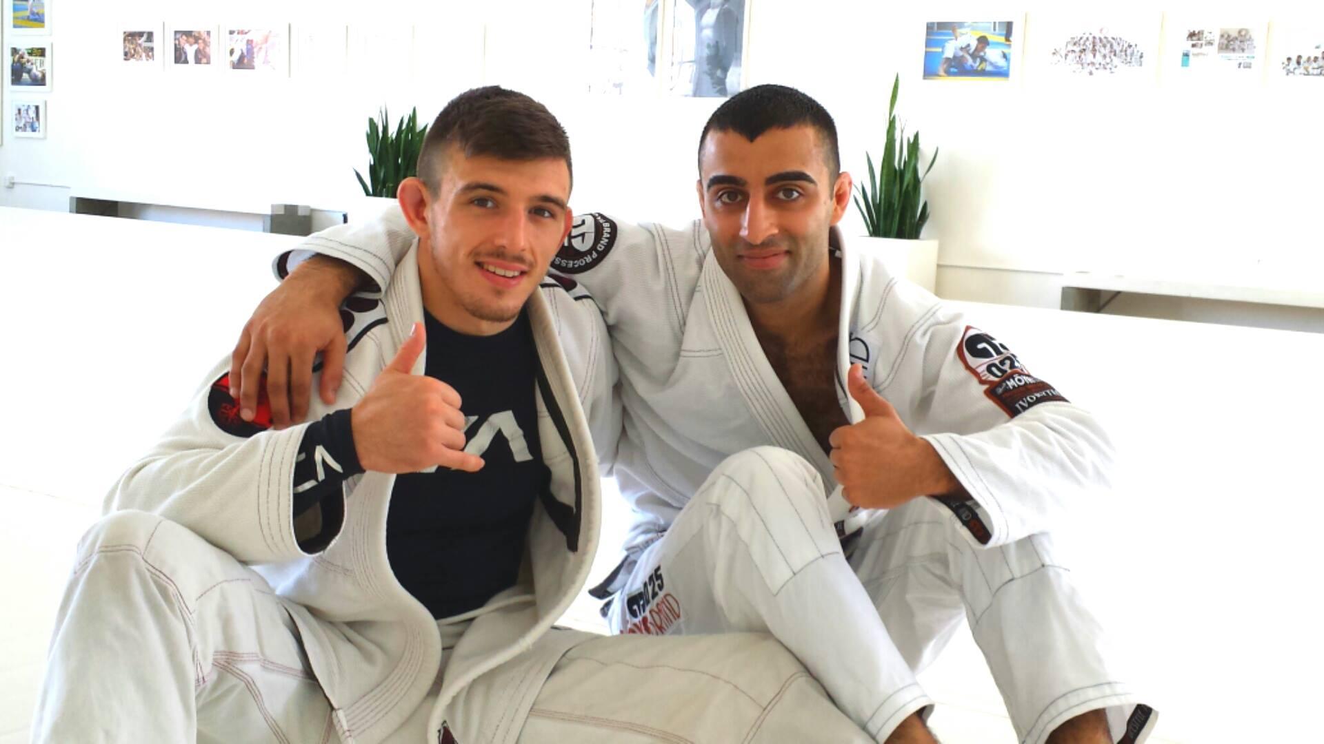 Training @ The Art Of Jiu Jitsu Academy (AOJ), Mendes ...